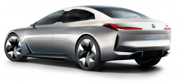 BMW i4 v roku 2021 zaútočí na Teslu! Zožne ďalší model v sérii Gran Coupe úspech?