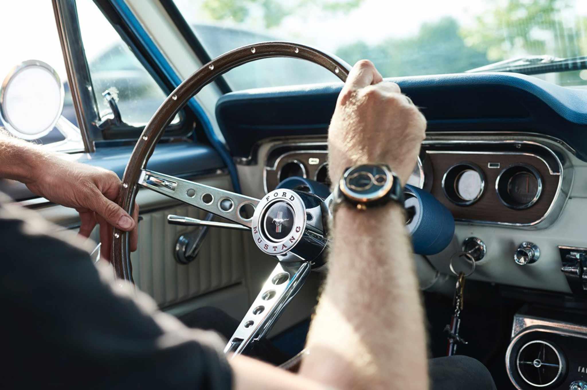 8622a88e0d3 Mustang hodinky z recyklovaných dielov – zachovajte si spomienku ...