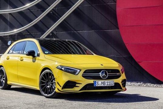 Mercedes-AMG A 35 4Matic: Konkurent pre VW Golf R a Audi S3 oficiálne