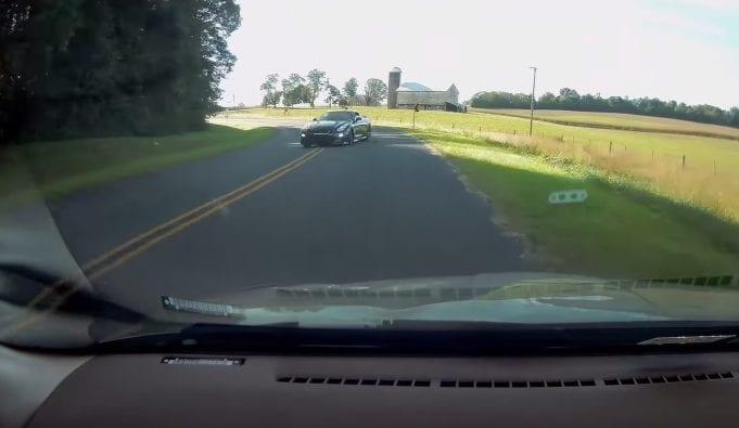 Takto to vyzerá, ak má auto viac výkonu, ako vodič schopností. V hlavnej úlohe Nissan GT-R