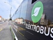 Elektrobus brázdi ulice hlavného mesta!