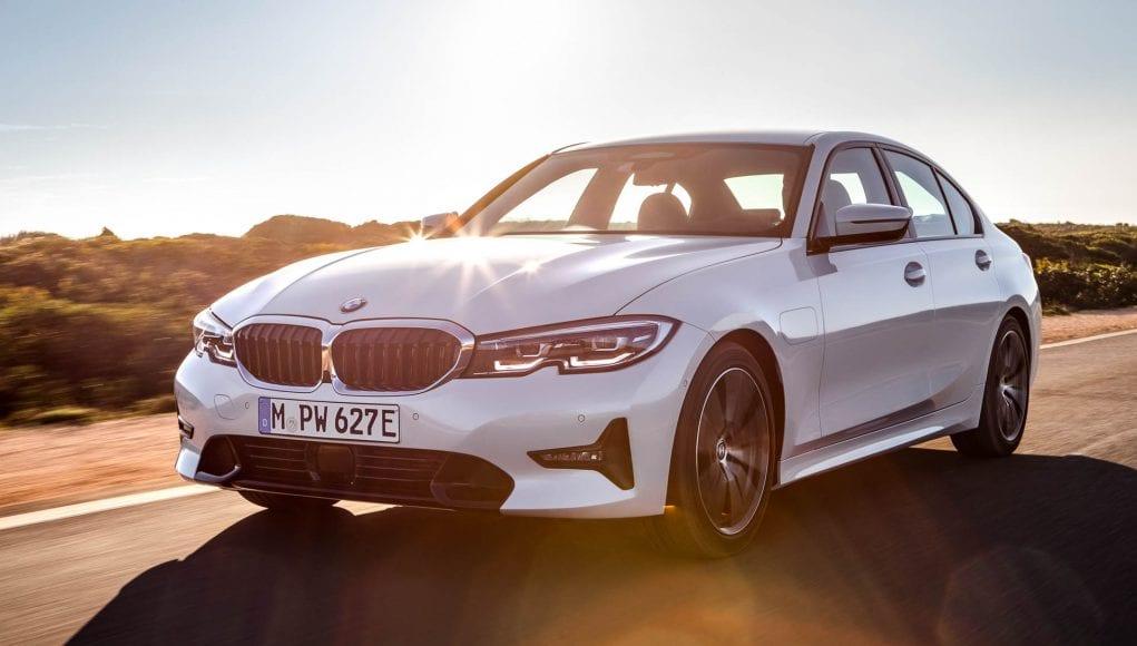 BMW 330e: Nová trojka prichádza aj ako plug-in hybrid