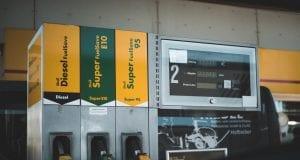 Zlacnejú konečne palivá? Alebo budú ceny nezadržateľne rásť?