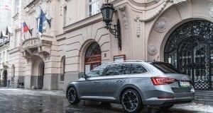 Test Škoda Superb Combi L&K, diaľničiar na poslednom kilometri