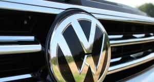 Volkswagen prepúšťa tisícky ľudí
